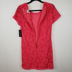 Donna Morgan Dresses - Donna Morgan Pink Lace Short Sleeve Shift Dress 8